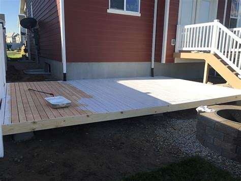 Easy Patio Diy by How To Build A Simple Diy Deck On A Budget