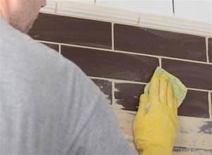 Astuce Enlever Plinthes Carrelage Sur Cloisons : nettoyer un carrelage apr s pose de joint tout pratique ~ Melissatoandfro.com Idées de Décoration
