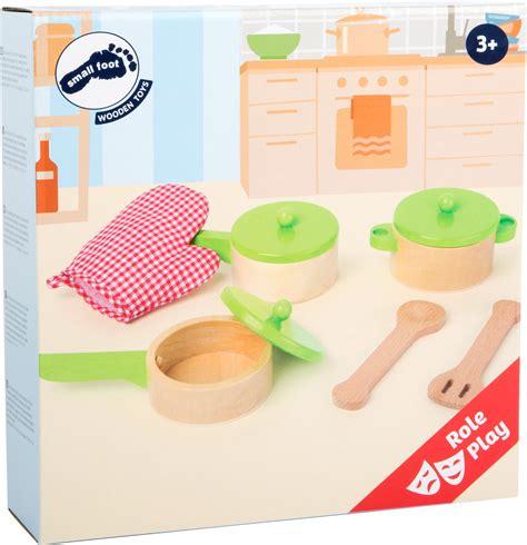 jeux dans la cuisine kit accessoires cuisine pour enfants dans la cuisine