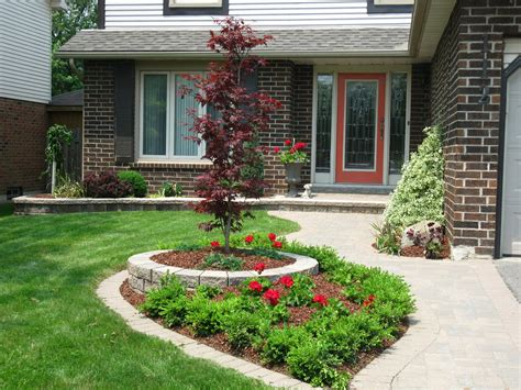 Backyard Landscape Designs by White Swan Homes And Gardens Front Yard Makeover On Jones