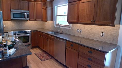 is a 4 inch granite backsplash out of style
