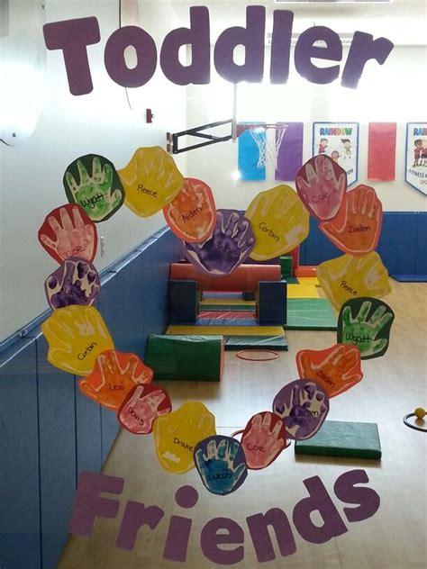 best 25 friendship preschool crafts ideas on 786 | 574d1cc6b6dfb60dc6f3a2f7f8f09fd9 toddler classroom decorations preschool classroom