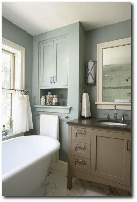 benjamin moore aura bath spa formula 1571 imperial gray
