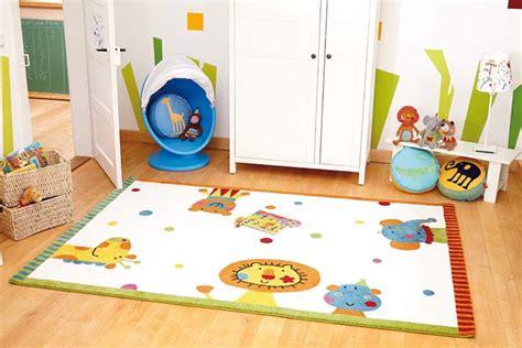 tapis pour chambre bebe tapis pour chambre de bébé blanc festival sigikid