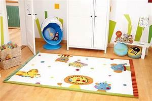 Tapis Pour Bébé : tapis pour chambre de b b blanc animal festival sigikid ~ Teatrodelosmanantiales.com Idées de Décoration