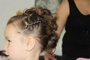 Chignon Demoiselle D Honneur Mariage : coiffure pour demoiselle d honneur ~ Melissatoandfro.com Idées de Décoration