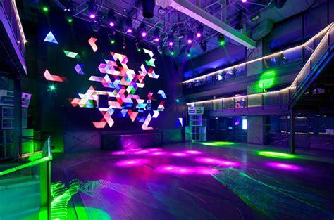 club octagon urbantainer