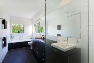 bathroom tile ideas modern bodenfliesen bekleben die möglichkeiten haben sie