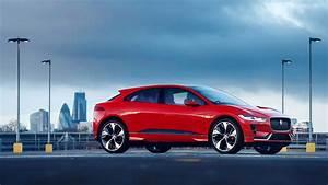 Jaguar I Pace : electric jaguar i pace hits the streets of london motoring research ~ Medecine-chirurgie-esthetiques.com Avis de Voitures