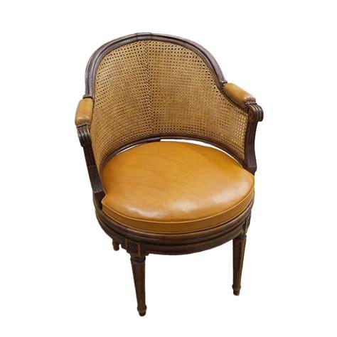 bureau antiquaire fauteuil de bureau tournant d 39 époque louis xvi estillé