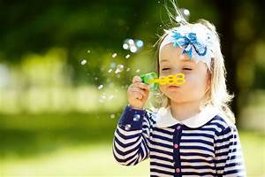 Maltafel Für Kleinkinder : kleinkinder mit tollen spielideen gezielt f rdern socko ~ Eleganceandgraceweddings.com Haus und Dekorationen