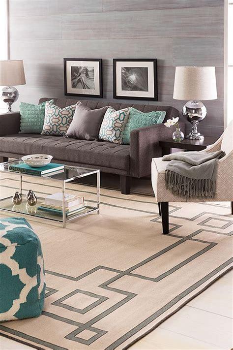 combinar sofa color turquesa turquesa lindo color para combinar con gris y blanco