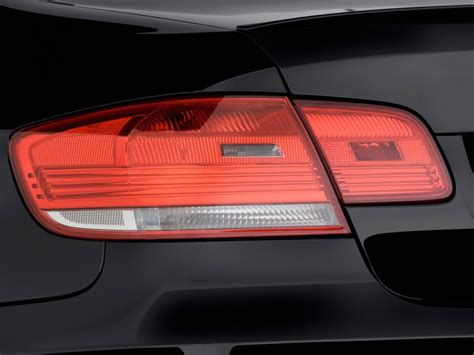 2010 Bmw M3 2-door Coupe Tail Light, Size