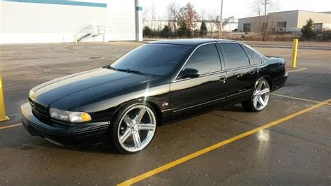 24 inch exterior door 1995 chevrolet impala ss 8 500 or best offer 100657834