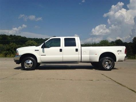 find   ford   lariat  speed dually crew