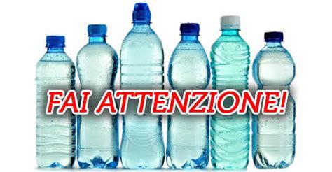Costo Bicchieri Di Plastica by Quanto 232 Sicura L Acqua Nelle Bottiglie Di Plastica