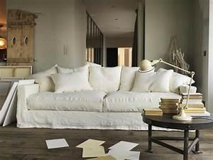 salon avec un canape blanc 12 idees deco dont s39inspirer With tapis bébé avec canapé lin froissé blanc