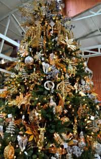 15 unique fun christmas decoration themes fairview