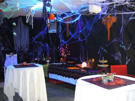 The Neat Retreat Taking Halloween To The Extreme Garden