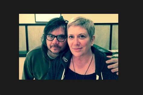 wife  wilcos jeff tweedy fights cancer school steps