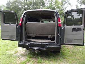 Sell Used 2004 Chevrolet Express Van  Min
