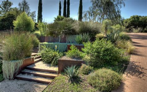 Steep Backyard by How To Turn A Steep Backyard Into A Terraced Garden