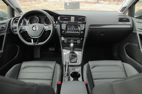 2015 Volkswagen Golf Vs 2015 Volkswagen Jetta