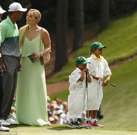 lindsey vonn watches tiger woods masters tournament