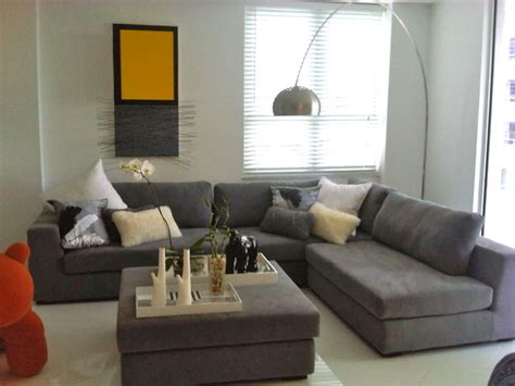 Gray Sectional Living Room Ideas by Carlos Modern Sectional In Grey 1639 Contemporary