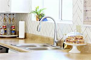 Rental Rehab 17 Removable DIY Kitchen Backsplashes Ideas utm source=pinterest&utm medium=social&utm campaign=shareurlbuttons nip 1360