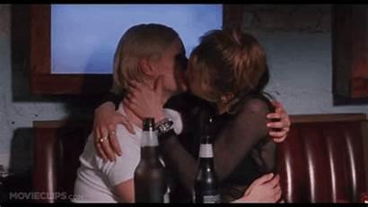 Movies Kisses Must Same Gloria Amy Kiss