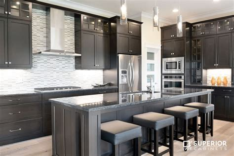 As owners of one of the most modern kitchen showrooms nj has to offer, we make it a priority to stay on top of the industry's best. 2017 Kitchen Trends | Superior Cabinets