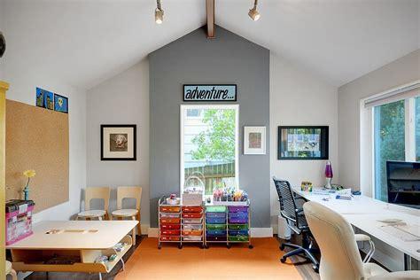 fourniture de bureau design comment combiner bureau élégant et salle de jeux dans une