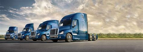 heavy duty  semi trucks trailers  sale financing