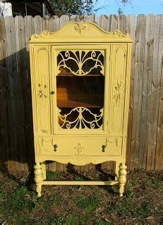 hutch kitchen cabinets 1756 best painted furniture images on 1756