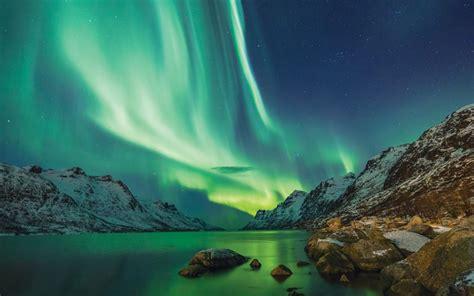 breathtaking auroras northern lights boomer magazine