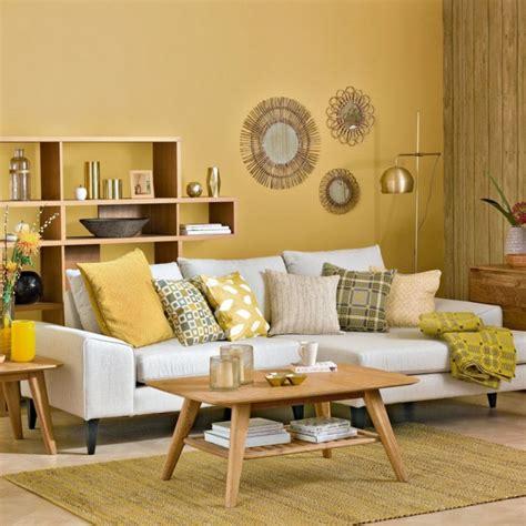 sofa verde de que color las paredes 1001 ideas sobre colores para salones y c 243 mo pintar la