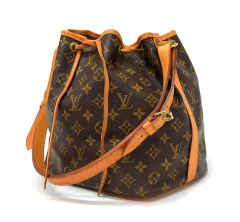 louis vuitton noe pm monogram canvas bucket bag summer