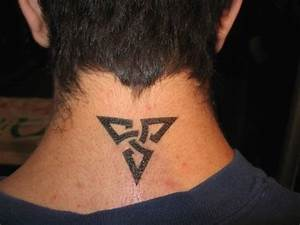 24 Excellent Small Neck Tattoos For Guys - Styleoholic