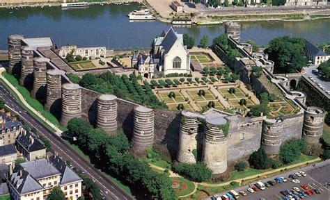 beautiful castles  france touropia travel experts