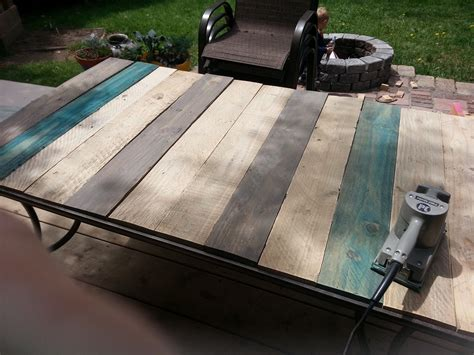 patio table top redo with pallet wood kindred