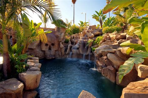 Backyard Skulls by Pool Archives Page 2 Of 4 Rock Of Ages Pools Landscaping