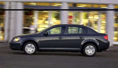 Chevy Recalls 73k Cobalts For Side Airbag Nondeployment