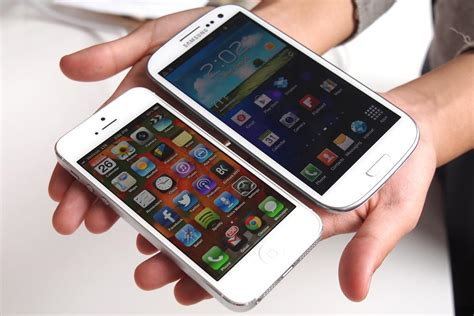 iphone s4 samsung galaxy s4 vs iphone 5