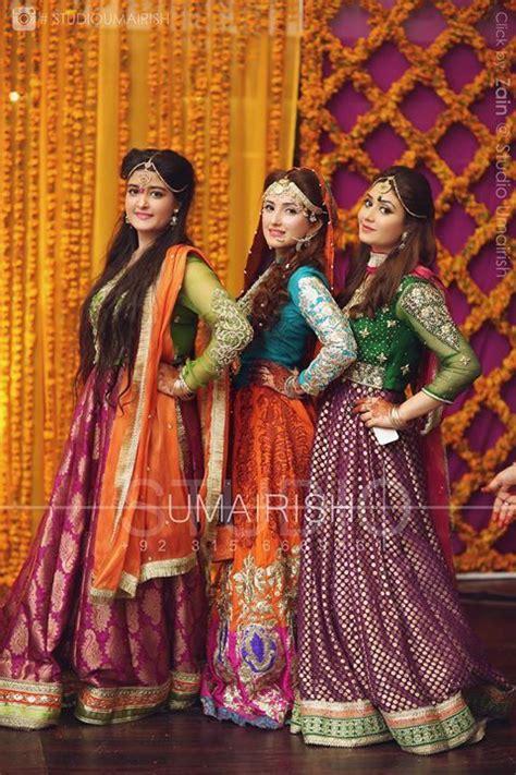 1000+ ideas about Mehndi Dress on Pinterest | Pakistani wedding dresses Pakistani mehndi dress ...