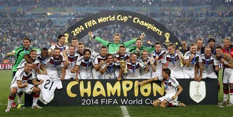 Hallo, zum verkauf steht der o.g. HOTTE FLINK UNTERWEGS IN PATTAYA: Deutschland wird zum ...