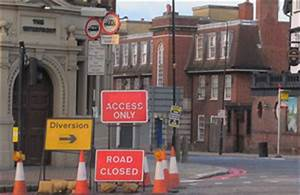Councils get new powers to tear down pointless road signs ...