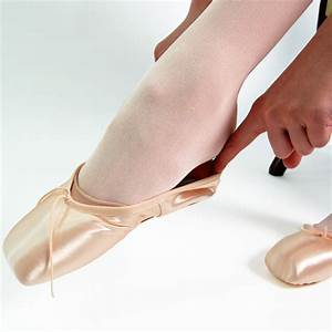 How Do You Fit Pointe Shoes Correctly? - The Ballet Blog