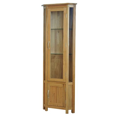 country cabinet 39 sherwood oak 39 oak glass corner display cabinet realwoods