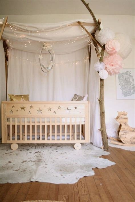 himmel für kuschelecke fabelhaftes babzbett mit himmel und lichterkette babyzimmer kinderzimmer babyzimmer boho